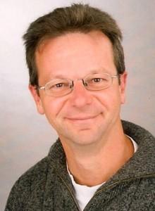 Dr. Christoph Bachmann