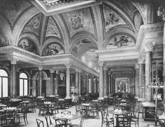 Die Innenausstattung hätte jedem Schloss Ehre gemacht: einer der berühmtesten Prunksäle des alten Café Luitpold um 1895.