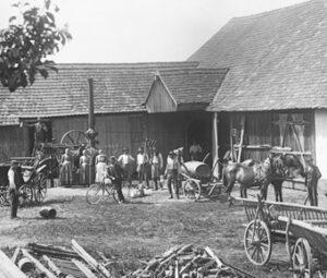 Die Bauernschaft stellte auf Aufnahmen wie dieser ihren gesamten Besitz zur Schau.