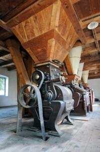 Ein Gang durch die Linnermühle in Krailling ist wie eine Zeitreise: Die historische Anlage dokumentiert die Bedeutung der Würm als Mühlenfluss und Industriegasse.