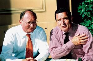 Franz Maget und Gerhard Schröder auf der Terrasse des Maximilianeums (2000)