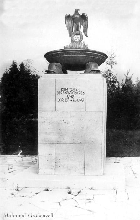Das 1938 errichtete Mahnmal auf dem Horst-Wessel-Platz in Gröbenzell.