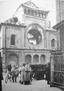 Das ausgebrannte Gebäude der Ohel-Jakob-Synagoge in München nach der Nacht vom 9. auf den 10. November 1938 (Foto: Stadtarchiv München).