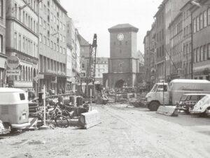 Überall in der Stadt wurden die Straßen für den U-Bahn-Bau aufgerissen. (Foto: Bernhard Möllmann)