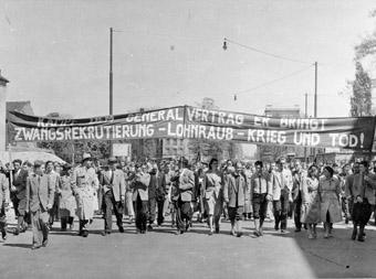 Proteste gegen die Remilitarisierung am 1. Mai 1953